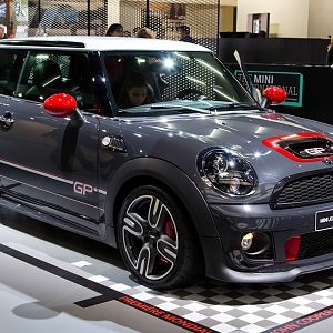 2013-mini-john-cooper-works-gp